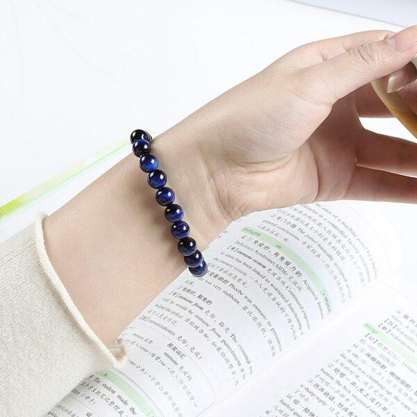 bracelet-oeil-de-faucon-bleu