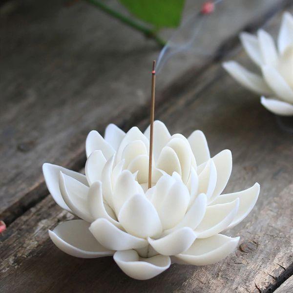 bruleur d'encens fleur de lotus blanche