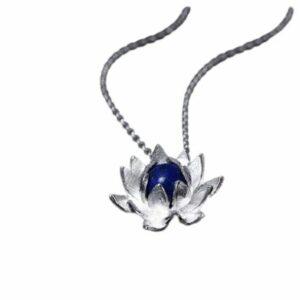 Collier Fleur de Lotus avec Lapis Lazuli