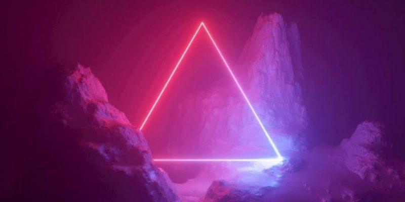 triangle de géometrie sacrée