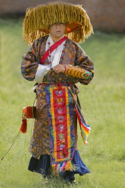 homme tibetain bijou corde