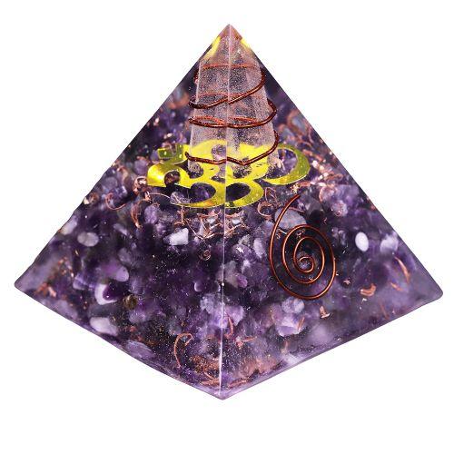pyramide orgonite en pierre d'amethyste