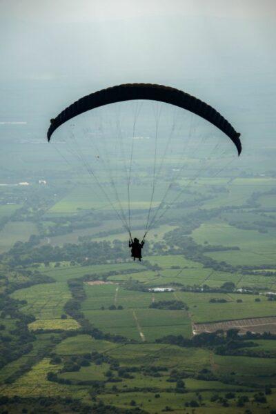 courage saut en parachute