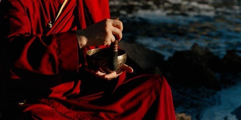 photo d'un moine bouddhiste